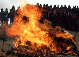 fur_burning_tibet_wti@body